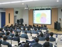 衣服とコミュニケーション/大阪青凌中学校・大阪青凌高等学校