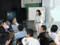 服のTPOを考えよう!/大阪市立矢田東小学校